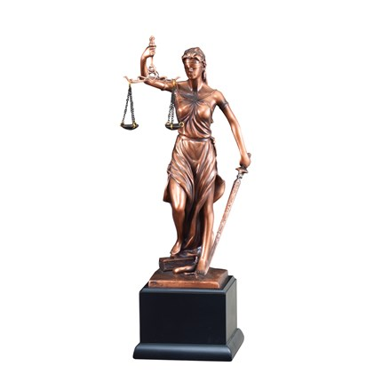 VICTORY RESIN SERIES - LADY JUSTICE